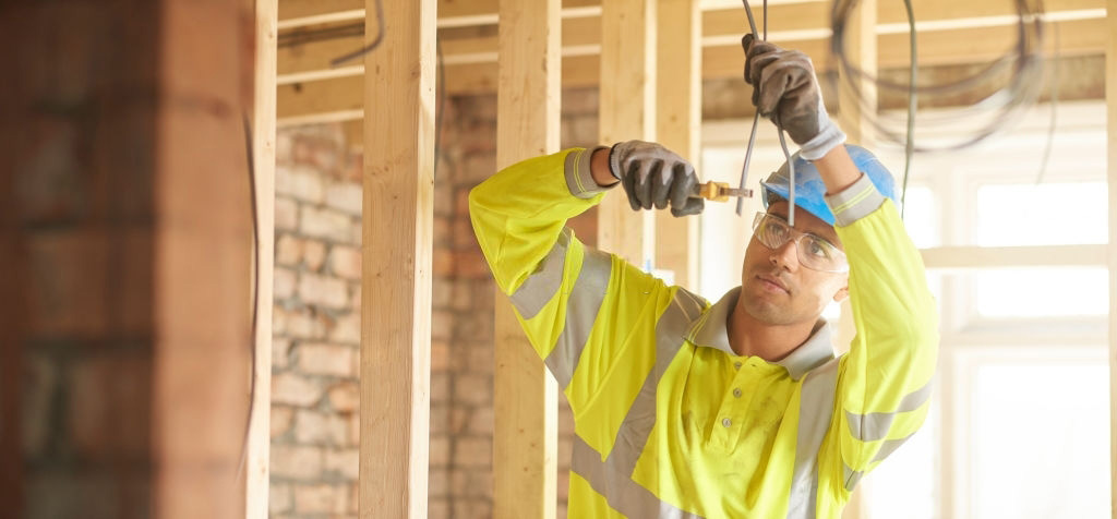 Why is it Necessary to Hire a Certified Local Electrician?